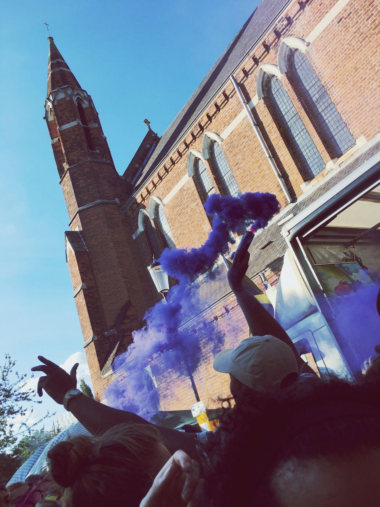 Pyro Party Smoke Carnival Purple Crowd