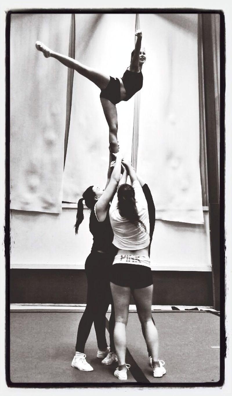 arabescue Cheerleading