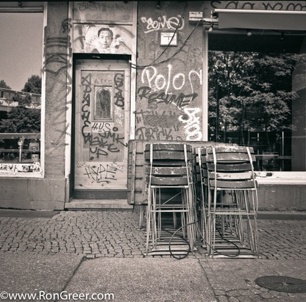 text, outdoors, chair, day, no people, architecture, building exterior, built structure, city
