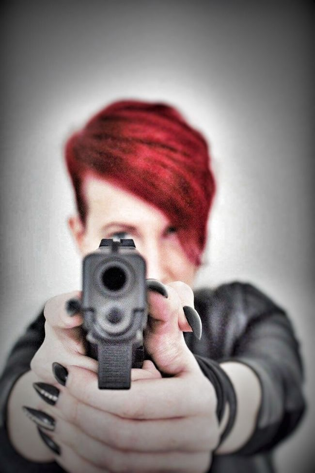 """One more picture from the agent 47 """"femme fatale"""" series. No panic it is just art not more. Gun GLOCK Weapon Target Shooting Target Modeling Model Posing Tadaa Community Posing For The Camera Inspired By Movies Woman Female Model Femme Fatale Female Canonphotography Guns Dangerous Experiment"""