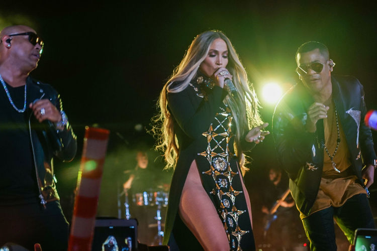 Jennifer Lopez pre-taping a performance with Gente De Zona for the 2017 Macy's Fourth of July Fireworks held in Long Island City, NY. Artist Concert Dance Dancing Gente De Zona Jennifer Lopez Jlo Music Festival Musician Night Outdoors Performing Popular Music Concert Singer  Singing Stage Stage Light