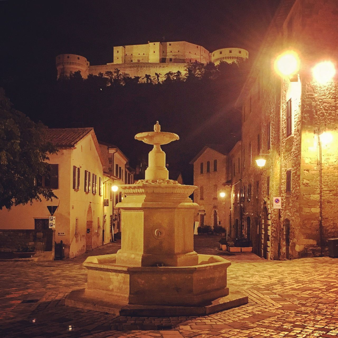 Illuminated Night Statue Architecture Built Structure Building Exterior No People Sculpture Outdoors Montefeltro San Leo