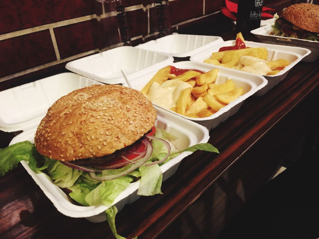 Burgers Burger French Fries Pommes Food Hanging Out Enjoying Life Foodgasm Fastfood Lunch Lunch Time!