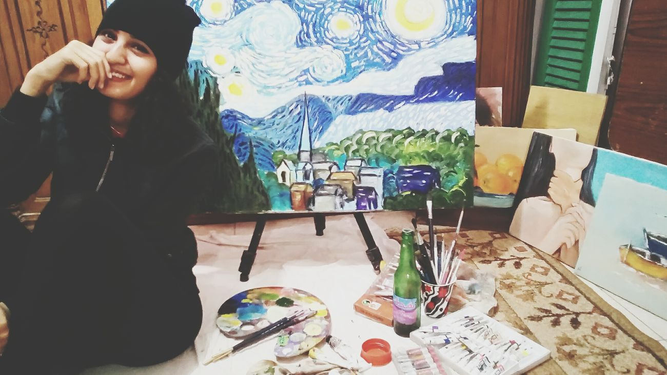 Artist Art And Craft Paintbrush Creativity Studio Paint Painter - Artist Artist's Canvas One Person Arts Culture And Entertainment Art Studio Adults Only Occupation Adult People Indoors  Fine Art Painting Workshop Only Women Paint Can