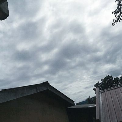 Puffy and Dark☁ Weather Clouds Original Nofilter Dark Lfl Fff Sfs Unfollowersunfollow Followback Likeforlike Decent Breathe Likebackalways Recentforrecent Effort Cumulus Rooftop Travel