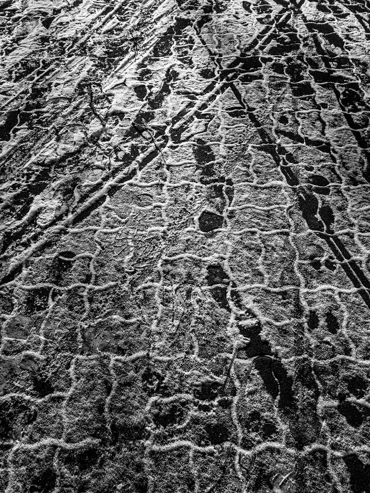Steps Backgrounds Berlin Black & White Berlin Monochrome Berlin Schwarzweiss Black And White Berlin Day Full Frame High Angle View Monochrome Berlin No People Outdoors Pattern Textured  HuaweiP9 Huaweiphotography Huawei P9 Leica Monochrome Monochrome Photography Black And White Black & White Blackandwhite Photography Schwarzweiß Background Footsteps