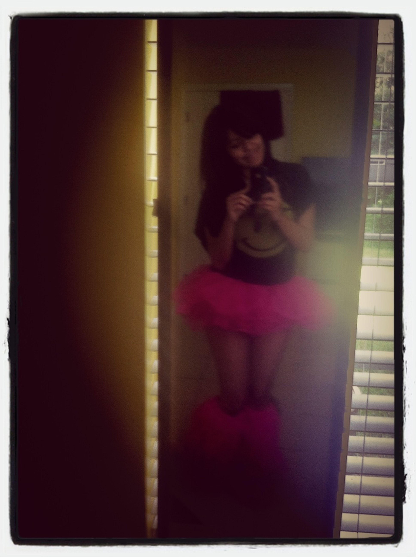 Aun Me Falta Lo Demas Del Mi Outfit Pero Ya Tengo El Tutu Y Los Leg Warmers ;)