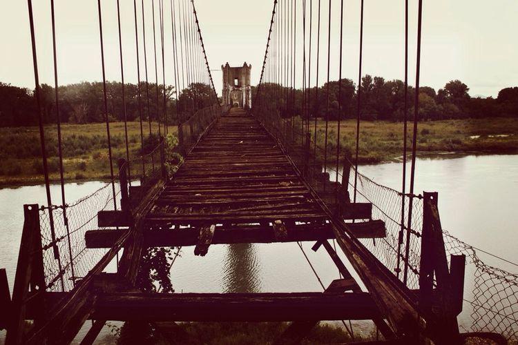 no bridge at France No Bridge