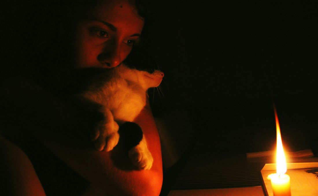 Candleshoot Candlelight Candle Night Cat EyeEm Best Shots Eyeemphotography EyeEm Animal Lover