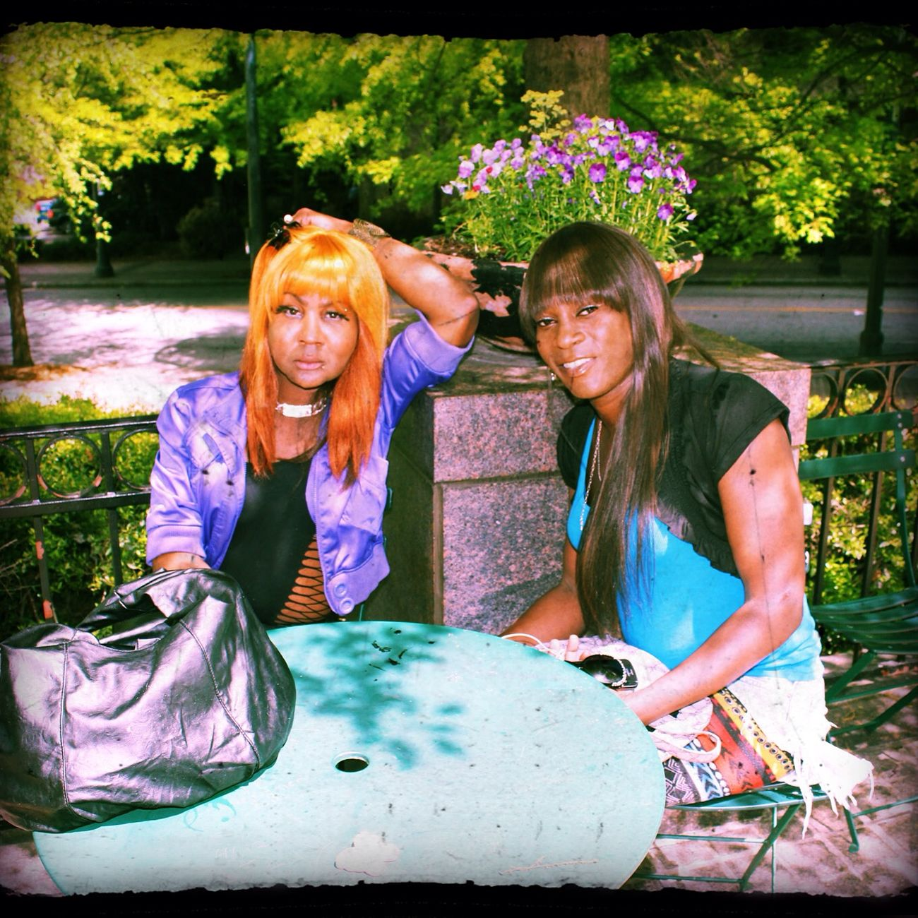 Hanging Out Taking Photos Check This Out Enjoying The Sun Tranny Relaxing Hello World Photography Party Girls