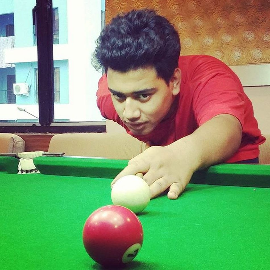 Thats just a pose! I cant play Billiards! 😅 Billiards Pool Greenfieldambition