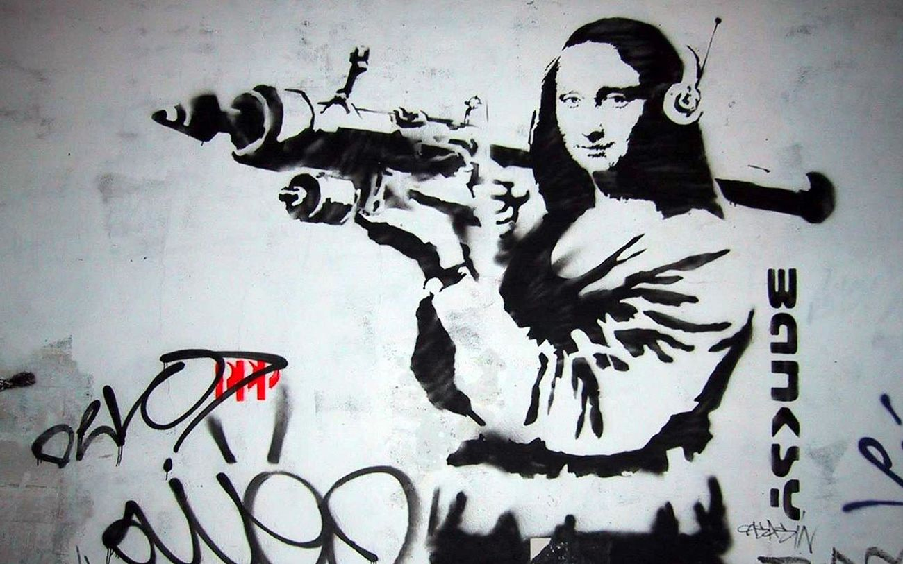 Street Art Stencil Mona Lisa Rocketeer or rocket launch in 6:47 :P