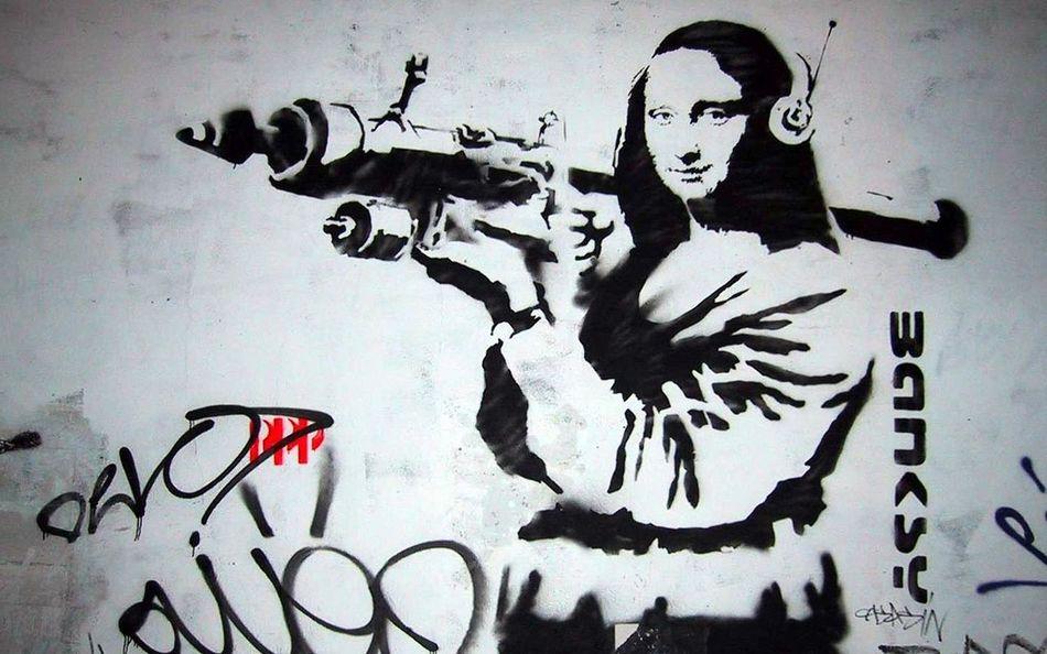 Street Art Stencil Mona Lisa Rocketeer or rocket launch in 6:47 :P