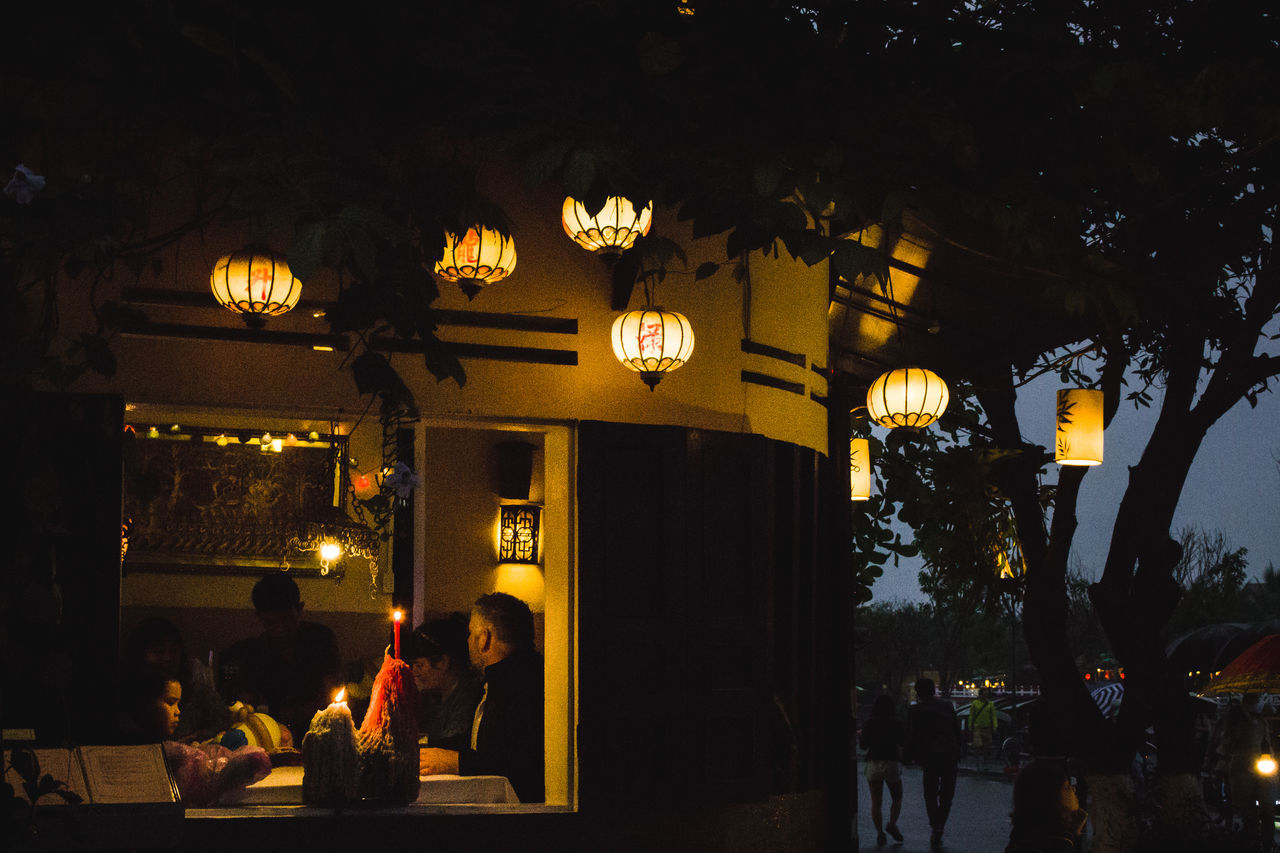 Cozy Hoi An Illuminated Lifestyles Night Outdoors People Real People Restaurant The Street Photographer - 2017 EyeEm Awards Togetherness