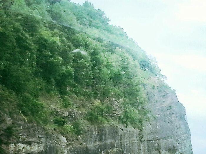 Road Trip Kentucky  Georgia Via Michigan Mountain Cliff Drop Off
