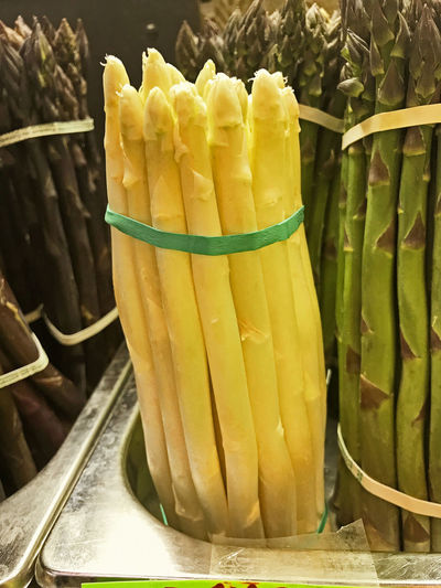 Yellow asparagus ar Farmer's Market. Paint The Town Yellow Asparagus Close-up Day Farmer's Market Food Food And Drink Freshness Green Color Healthy Eating No People Vegetable Yellow Yellow Asparagus