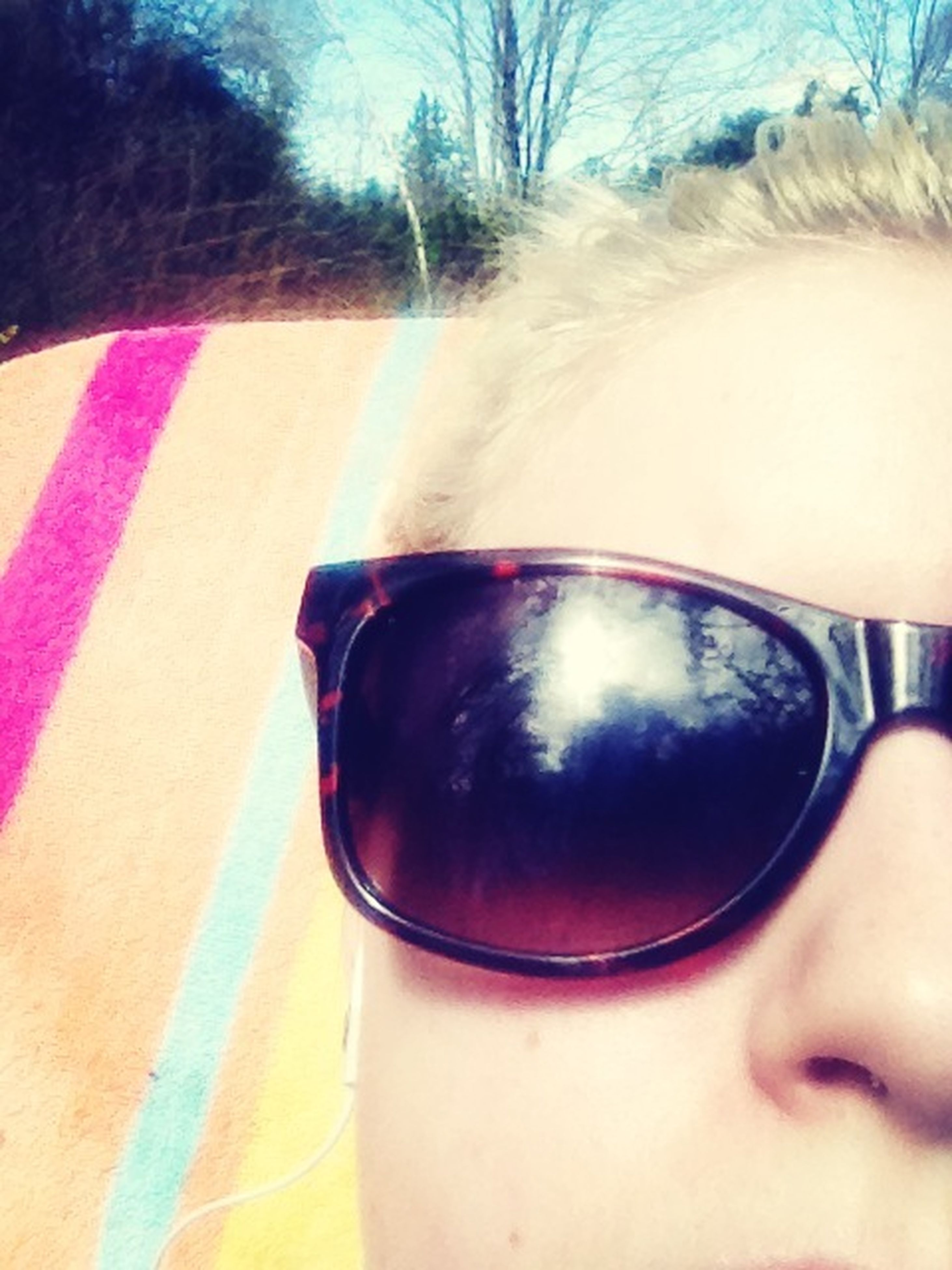 sunglasses, close-up, lifestyles, leisure activity, reflection, headshot, part of, eyeglasses, person, focus on foreground, head and shoulders, cropped, day, drink, car, young adult