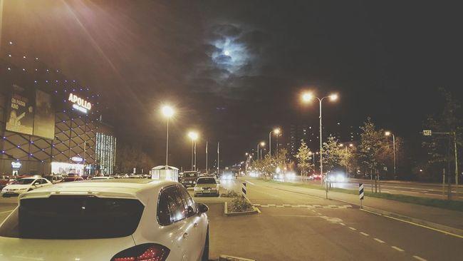 Porche Night Moon City