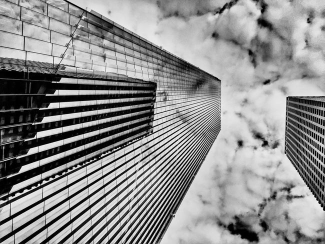 Creative Light And Shadow CreativePhotographer EyeEm Best Shots - Black + White Black And White Black & White Getting Creative Black And White Photography Cityscapes Lookingup Office Building Architecture_collection Built Structure Mirrored Reflection Reflection_collection Cool EyeEm Best Shots - Architecture