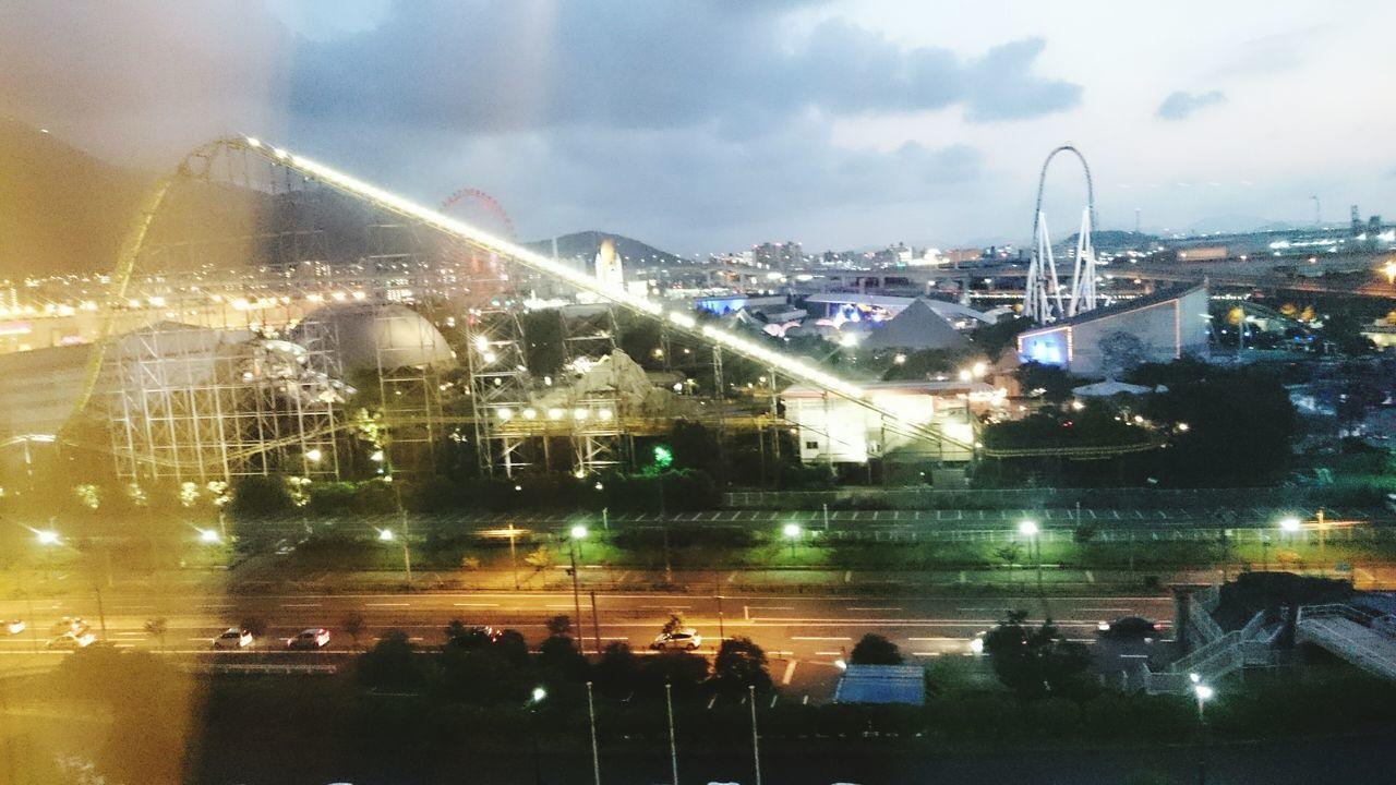 遊園地 ジェットコースター 遊びたい 地味に夜景 わりと綺麗✨ お泊まり ホテルなう