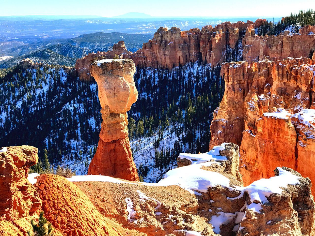 Nature Beauty In Nature Tranquility Scenics Geology Physical Geography Rock - Object Tranquil Scene Sunlight Travel Destinations Non-urban Scene No People Sky Day Outdoors Landscape Water Bryce Canyon National Park Bryce Canyon Bryce National Park Nationalpark USA USAtrip Clear Sky