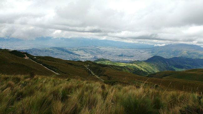 View over Quito, Ecuador Quito Ecuador Amalavida View From Above View From The Top Mirador Landscape South America Sky And Clouds Hike Adventure Nature Nature Photography Ambiente Hills And Valleys Vista Land View Highland Highlands High Altitude Expansive