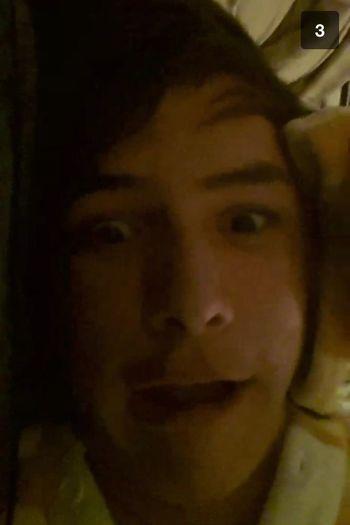 So my mate Nathan likes to be weird and send retarded videos to me. PAY BACK