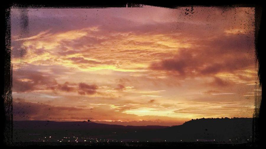 lever du soleil sur le massif de la clape