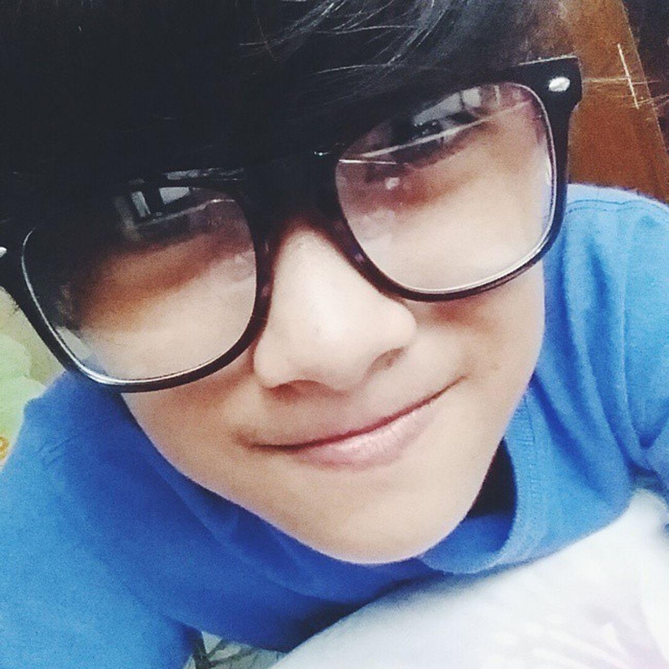 Hi Guys. Hi Nerdy Kyeopta Loveit 143 Smile model LoL Annyeonghaseyo Kristine Korea