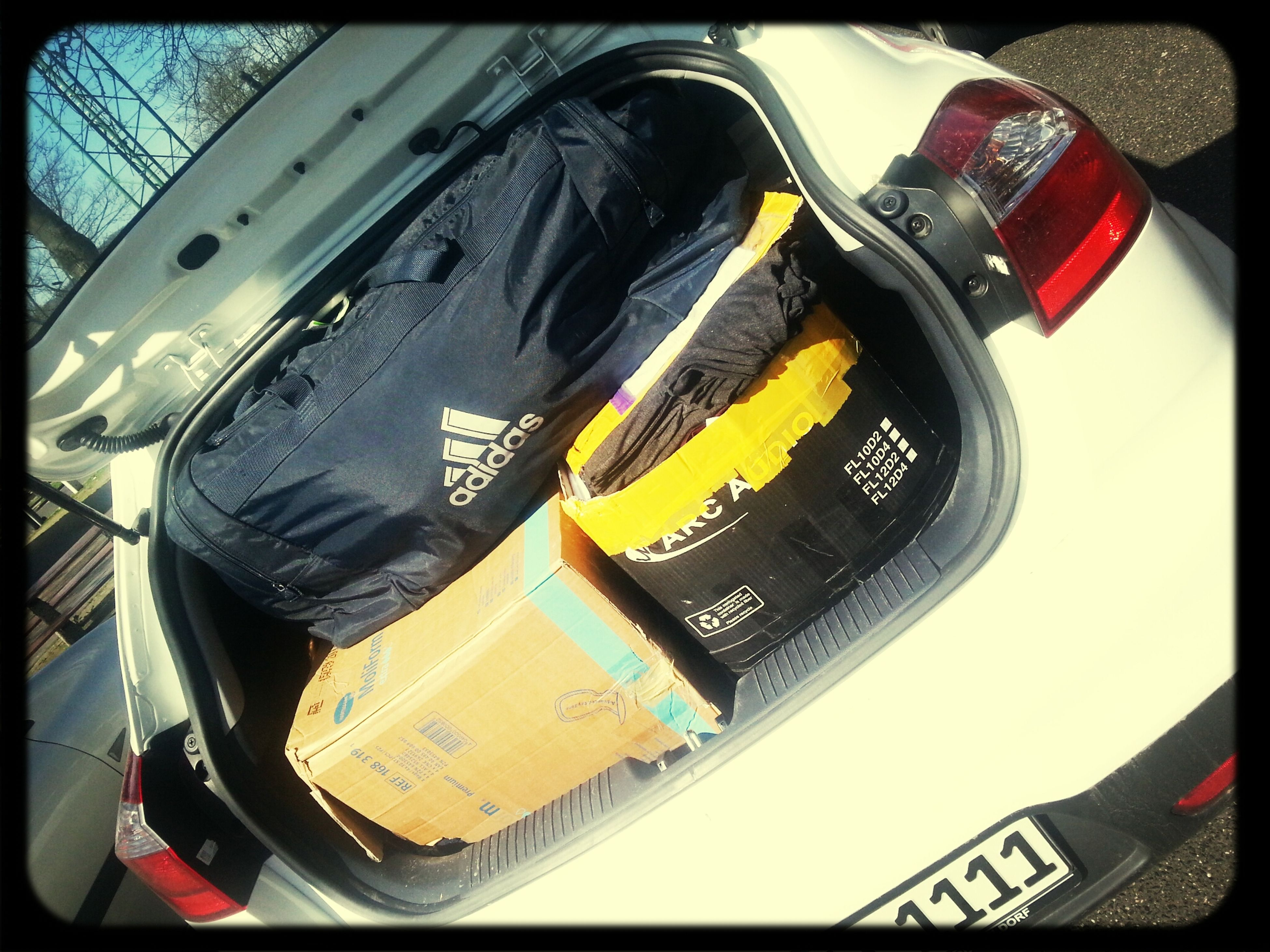 our car is completely full of nice clothes for you. L-BEACH we're coming :)