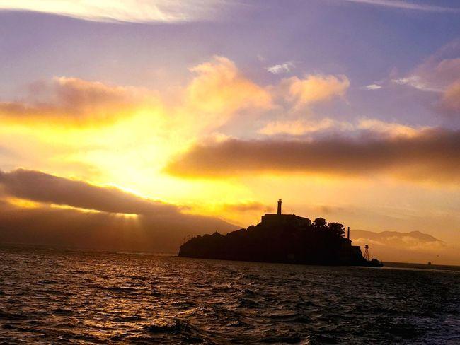 Horizon Over Water SanFranciscoBay Alcatraz San Francisco Sea Sunset Water Tranquil Scene Island Alcatraz Island
