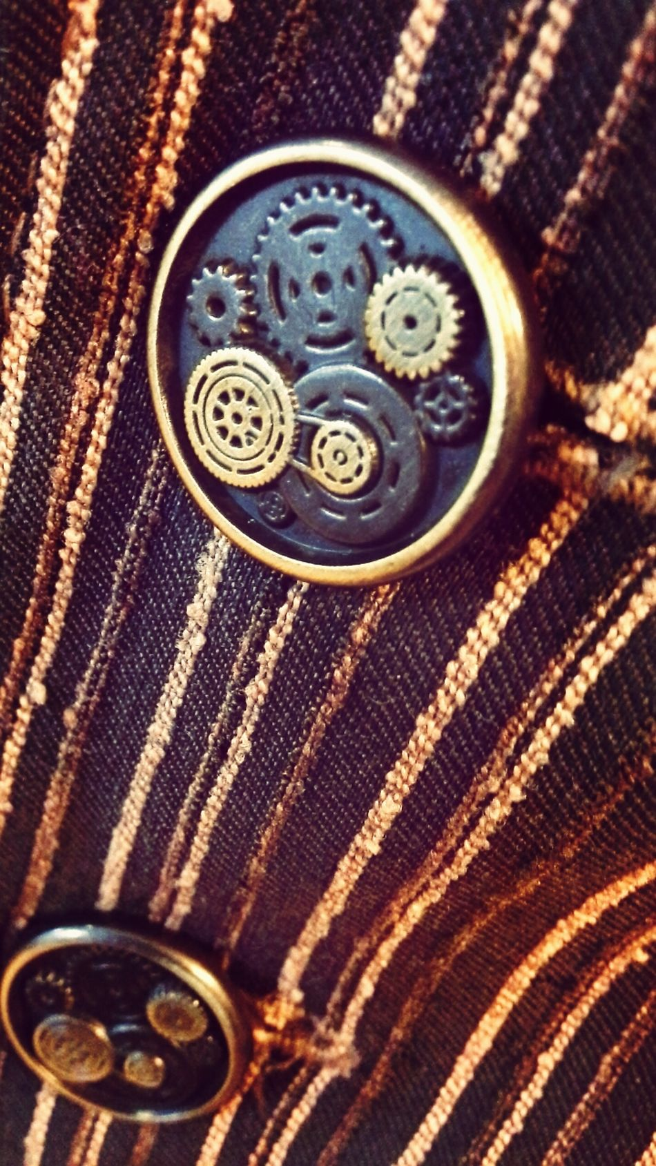 buttons of steampunk vest. Tornhemstudio Steampunk Buttons Gears
