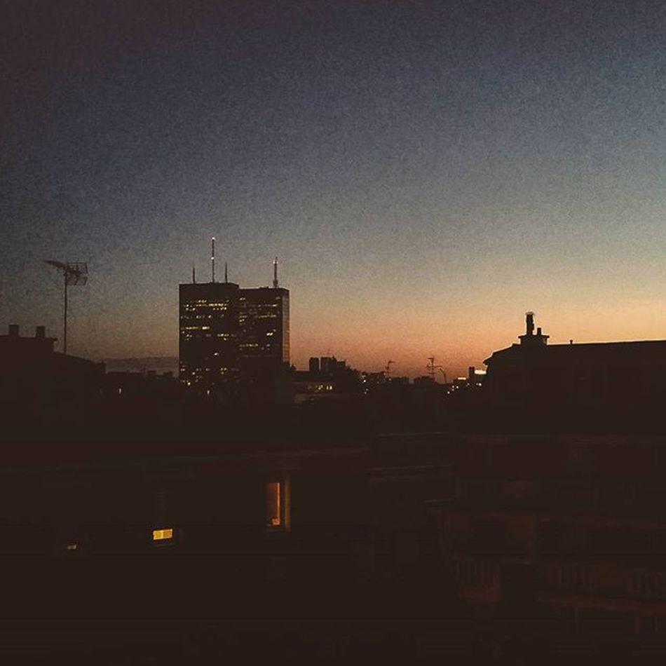 Sunrise Paris Mercuriales