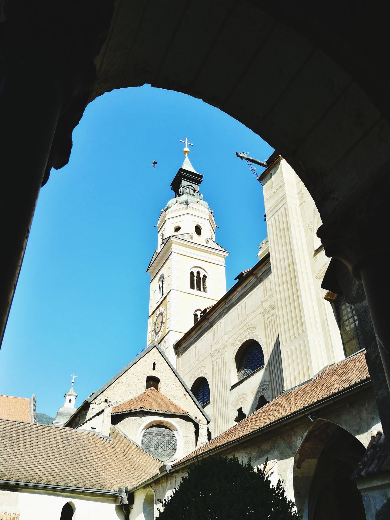 Cathedral of Brixen thru the arch... Religion Architecture Travel Destinations Sky Cathedral Italia South Tyrol