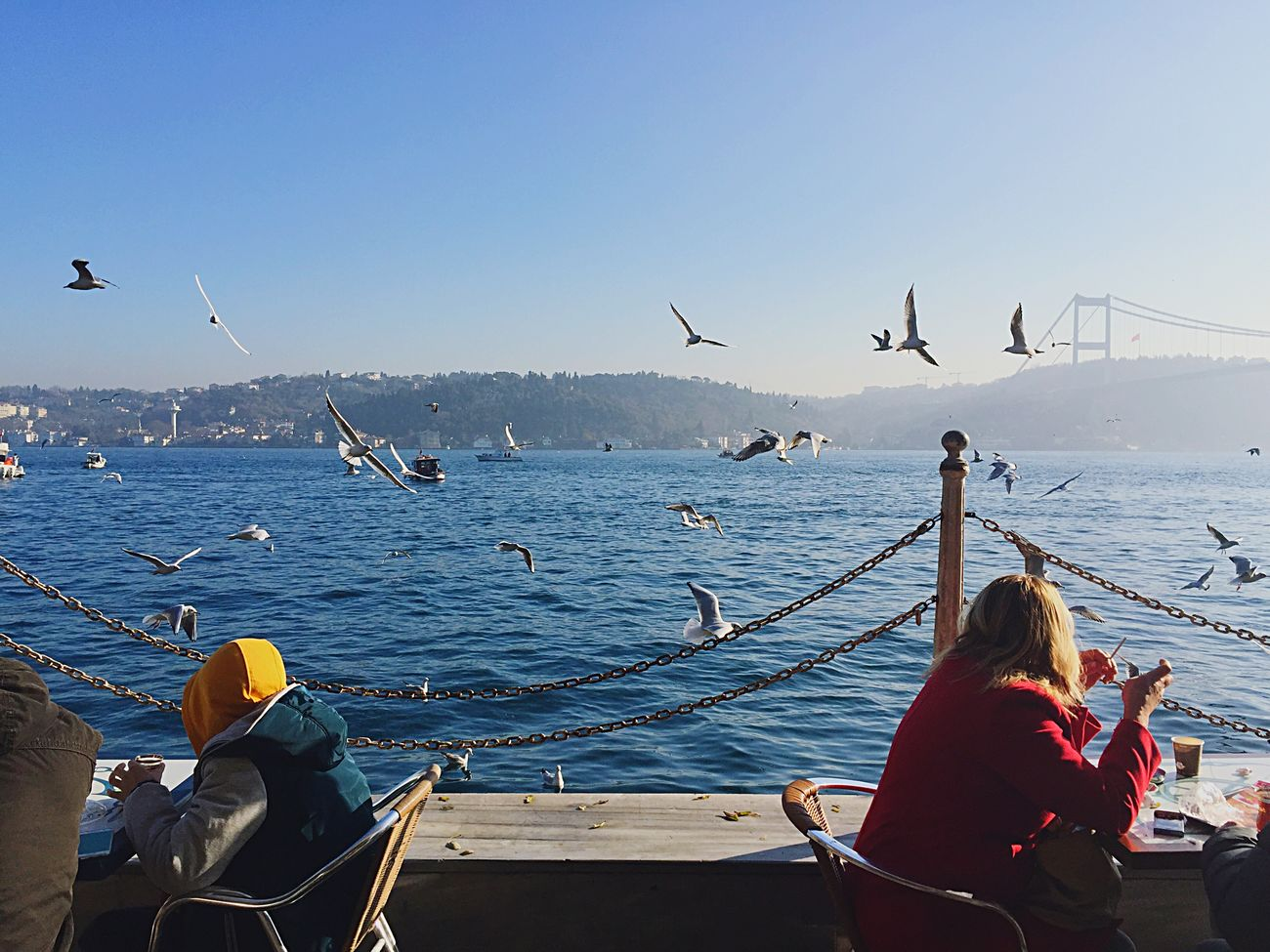 Istanbul Istanbuldayasam Istanbullovers Bosphorus Enjoying The Sun Taking Photos Enjoying Life OpenEdit EyeEm Gallery Eye4photography  Relaxing Fall Beauty EyeEmBestPics Bridge Sea Seaside Tea Tea Time People Peoplephotography