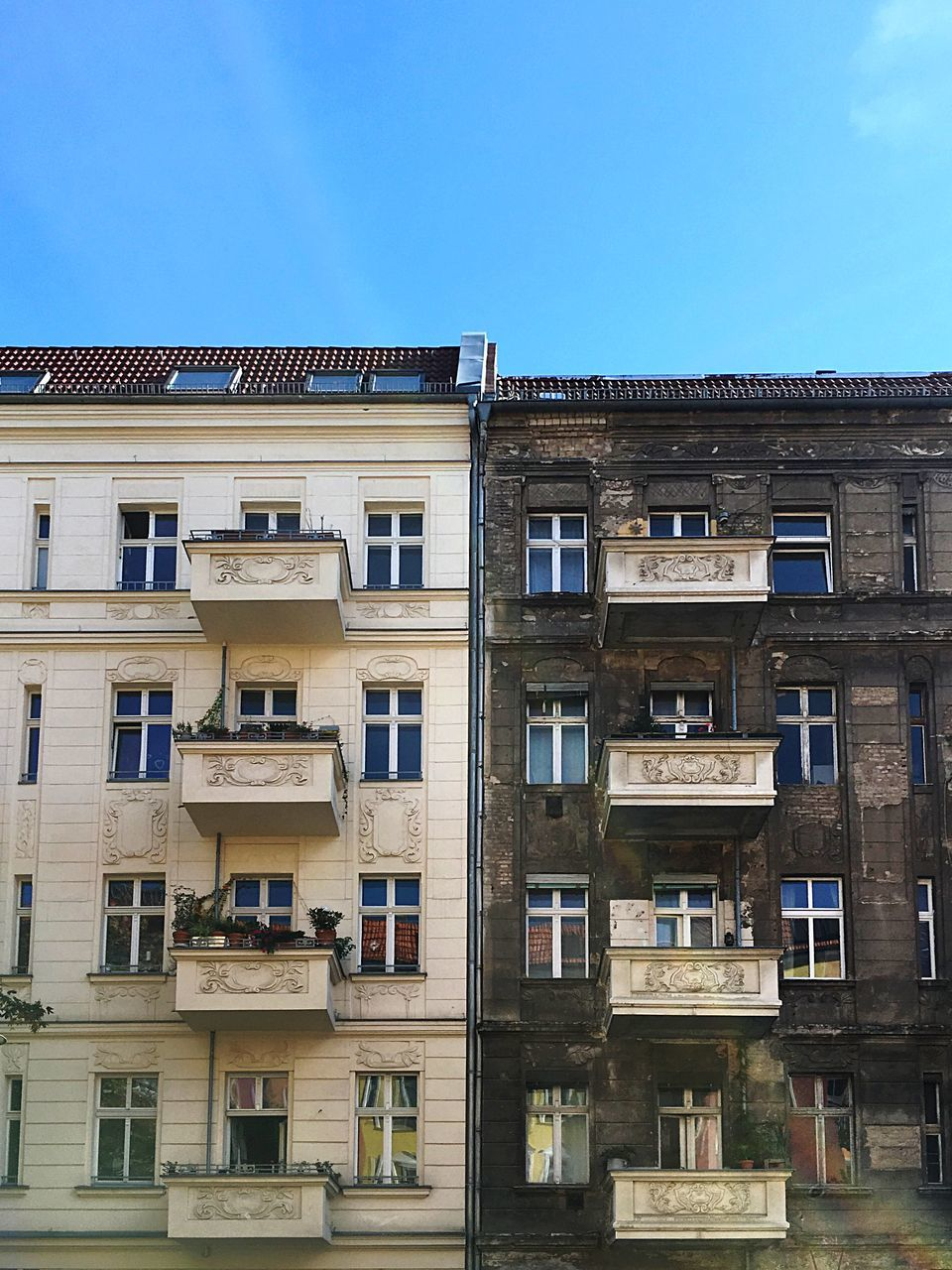 window, architecture, building exterior, balcony, built structure, no people, day, outdoors, residential building, low angle view, clear sky, sky, apartment, city