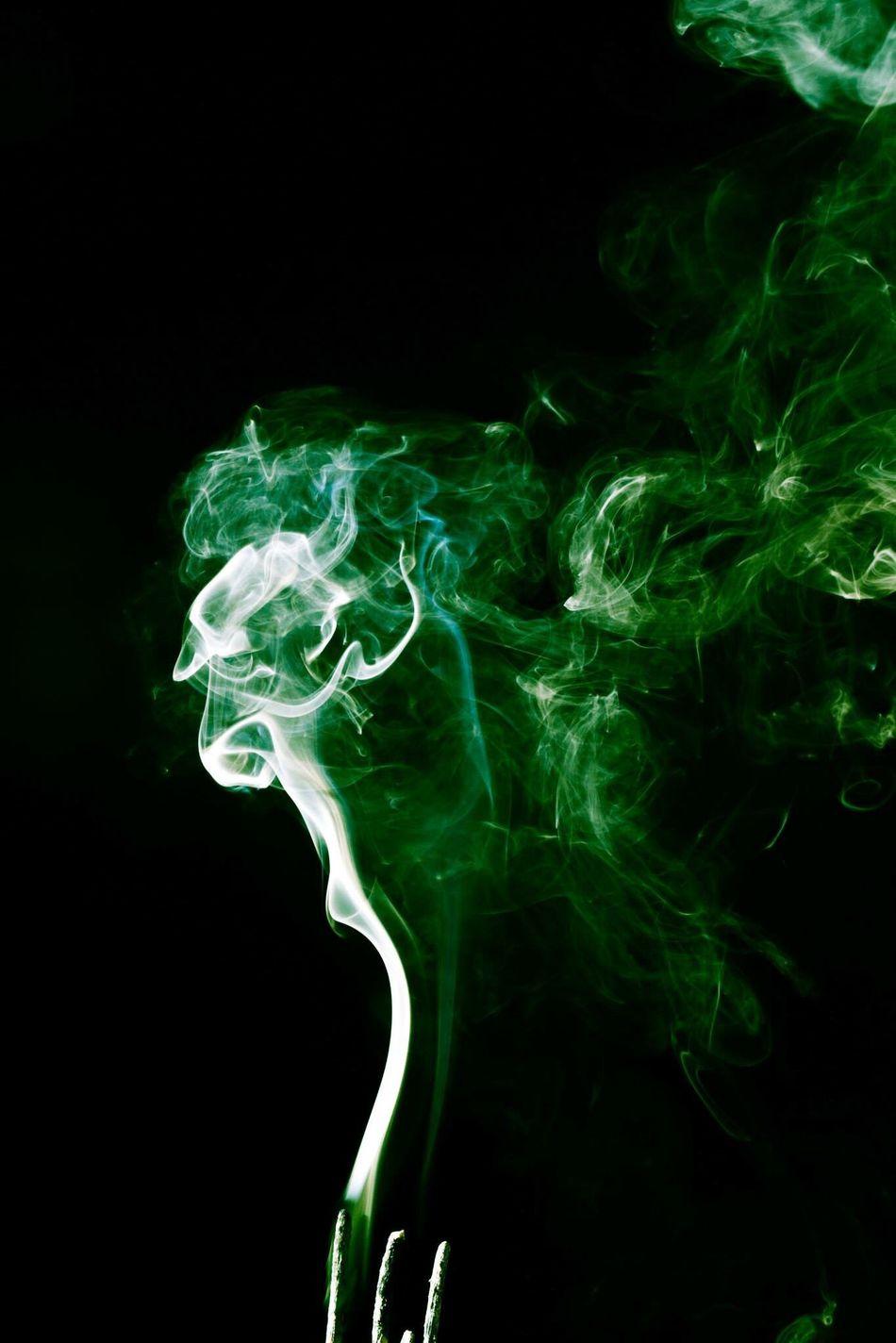Ther a lady in the smoke if u can see it Smoke Art, Drawing, Creativity Art Pastel Power Dark Photography Showcase March Blackbackground Lebanon Flash Green Green Smoke Wood - Material