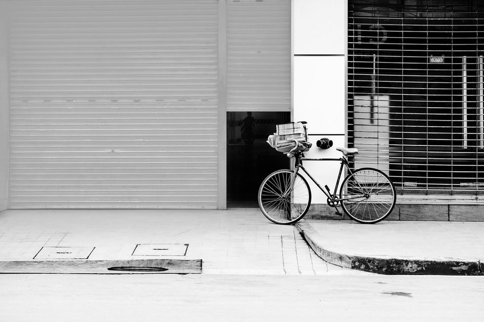 Architecture Bicycle Building Exterior Built Structure City Corrugated Iron Day EyeEm EyeEm Best Shots EyeEm Gallery Land Vehicle Mode Of Transport No People Outdoors Stationary Transportation