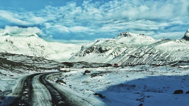 Protecting Where We Play Van Ice Iceland Enjoying The Sun Road Winding Road Landscape Escaping Glacier
