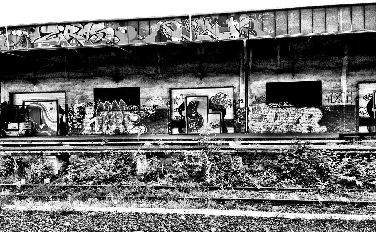 Train station Blackandwhite Blackandwhite Photography Black And White Photography Urban Urbanphotography Streetart Urban Exploration Streetphotography