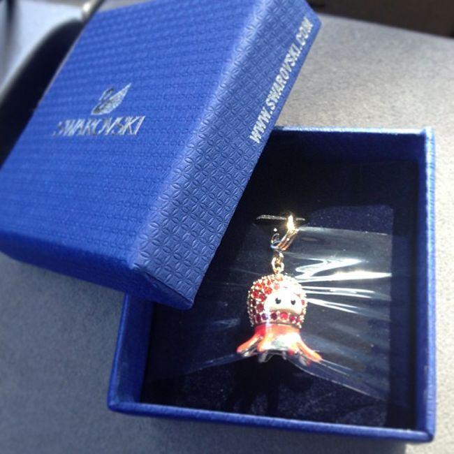 Yay! After monthsss!! Finally found this and on sale too! ☺😁 Swarovski Swarovskicharm Octopus Socute Seacreatures Swarovskionlinesale Iloveswarovski Addictedtoswarovski Swarovskiaddict Swarovski2012charn Ilovesales