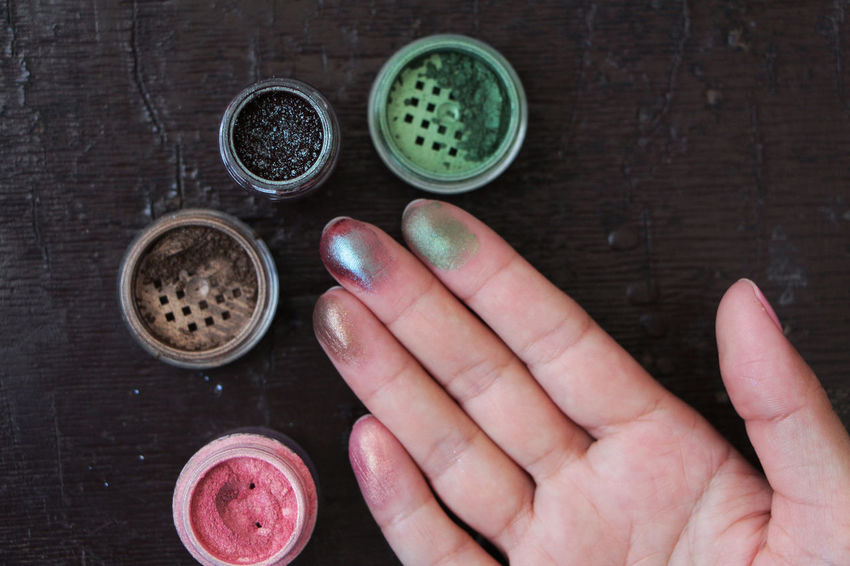 Beauty Bright Color Colourant Colourful Cosmetics Eye Pig Eye Shadow; Eyeshadow Fashion Fashion Inspirayio Glow Glowing High Angle View Mammal Pigment Testing Cosmetic Upview Wooden Backgrounf Wooden Table Wooden Texture Wooden Texture Backgrounf