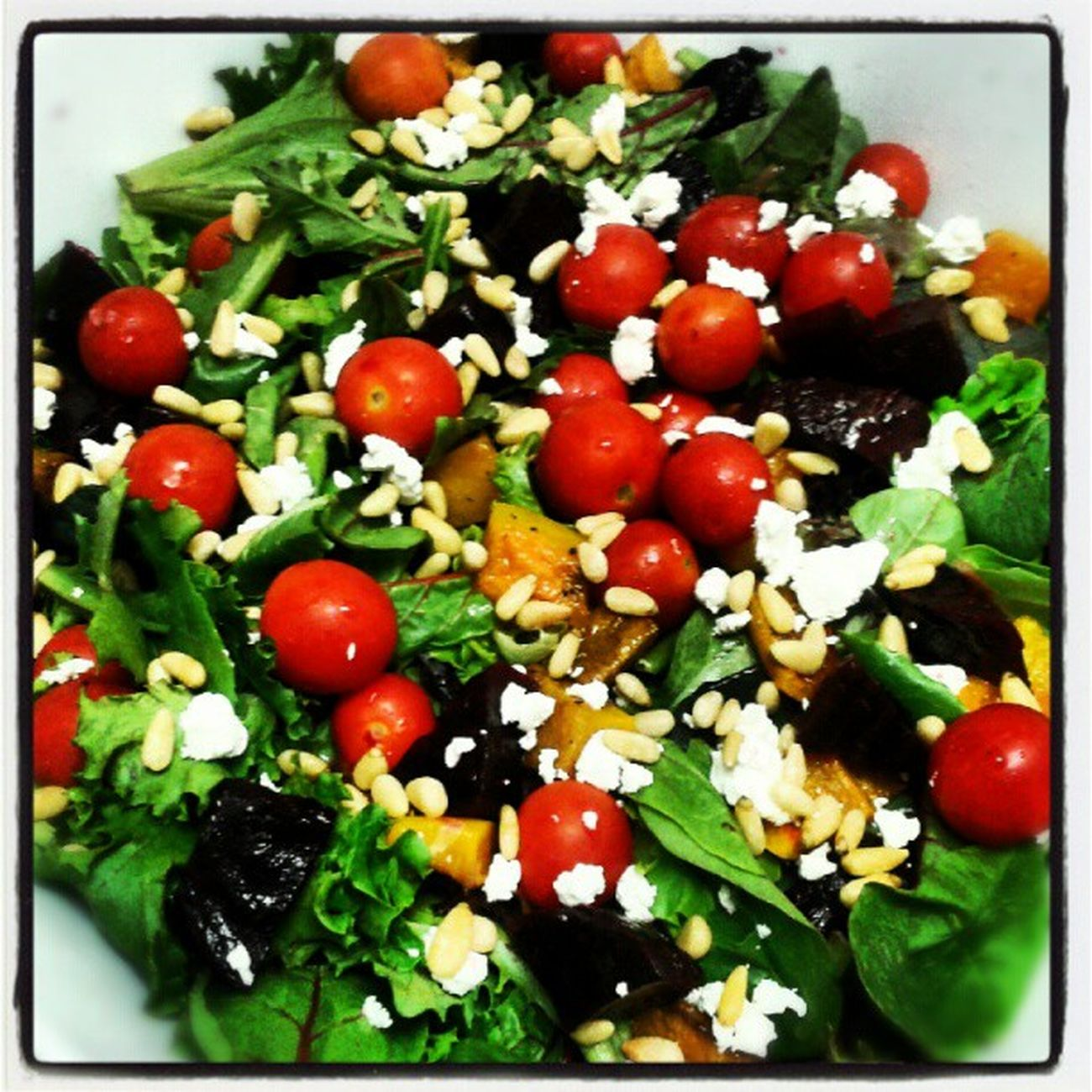 Seasonal mixed greens with organic cherry tomatoes, roasted butternut squash, fresh roasted beets, goat cheese, toasted pine nuts! Bushfiregrill