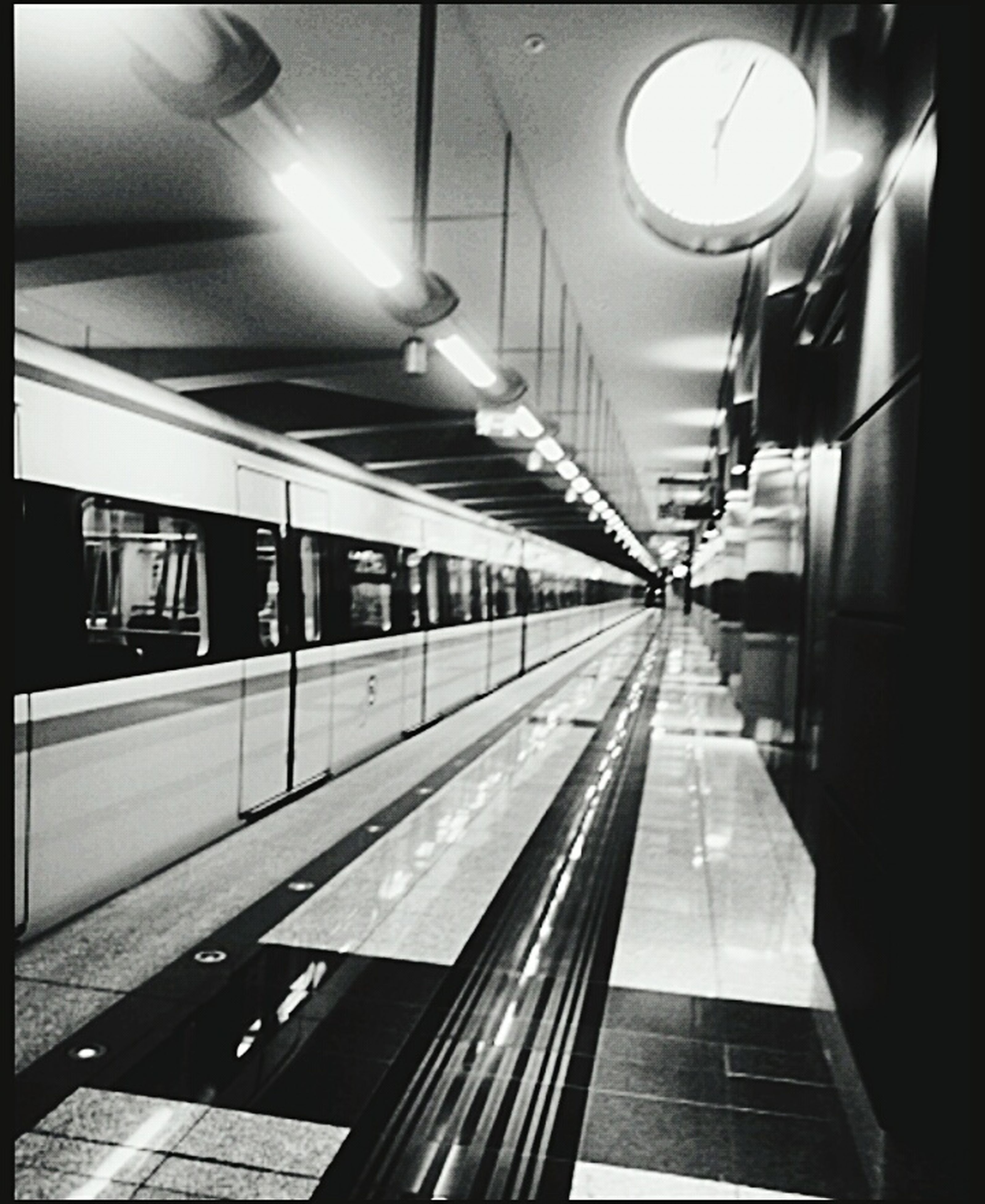 indoors, travel, illuminated, ceiling, transportation, subway station, public transportation, subway train, no people, day