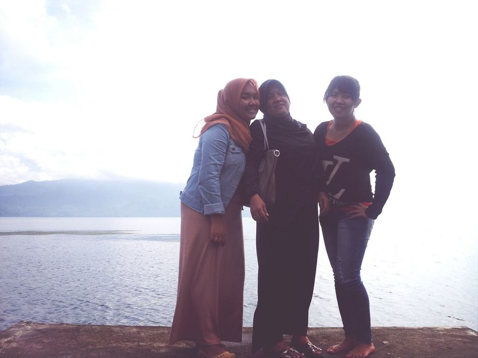 me mom and my sister.. love!♥