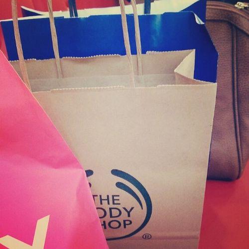 Bodyshop Shopping Taking Photos Follow4follow