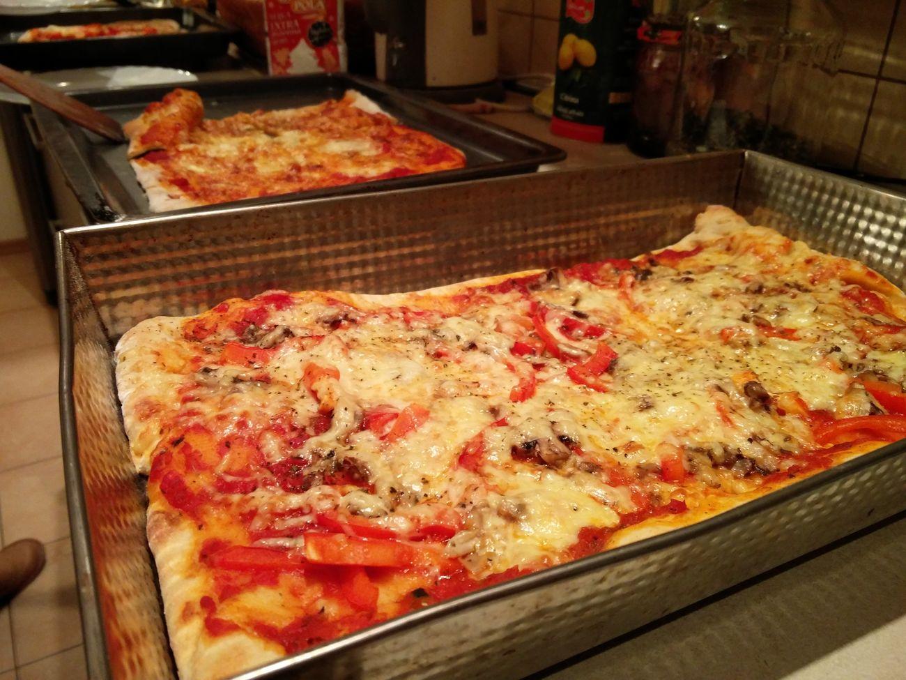 Pizza Food Indoors  Pizza🍕 Pizzalover🍕🍕🍕 Pizzaparty Pizzanight🍕 Vilnius Christmas Vegetarian Food Vegetarian Pizza Love Pizza Porn Foodporn Foodporn❤️ Foodpics Food♡