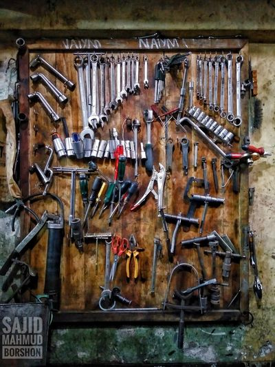Metal Hanging Tools Tool Kit
