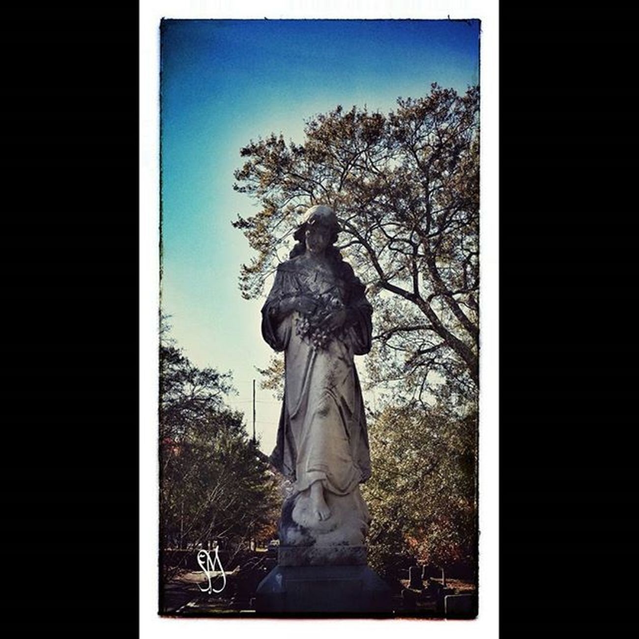 Oaklandcemetery History Exploregeorgia Ig_captures Ig_photolove Ig_brilliant Ig_photooftheday GuardianAngel Ig_shutterbugs Ig_recommend