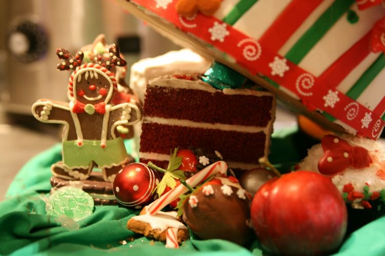 Christmas Treats Holidayseason Holiday Desserts Christmas Celebration Christmas Decoration Christmas Ornament Indoors  Dessert Food And Drink Holiday - Event Food Candy No People Food Stories